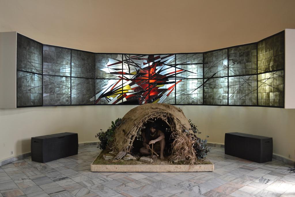 Ekspozycja w Muzeum Filumenistycznym - człowiek pierwotny