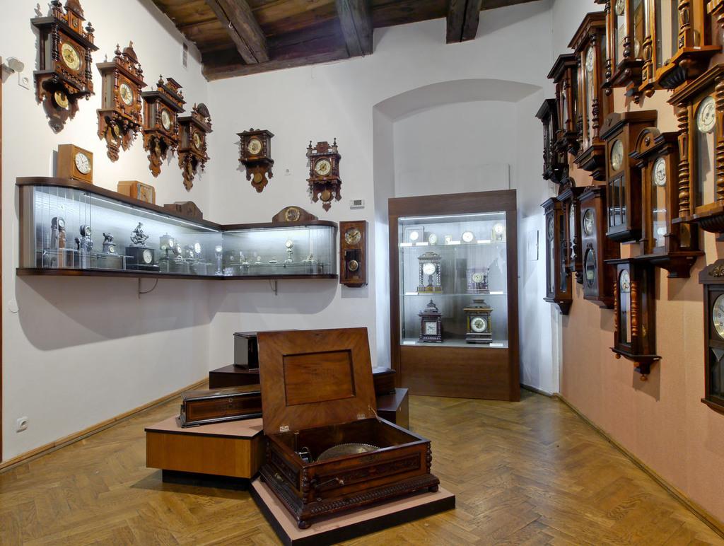 Zegary - wystawa w Muzeum Ziemi Kłodzkiej